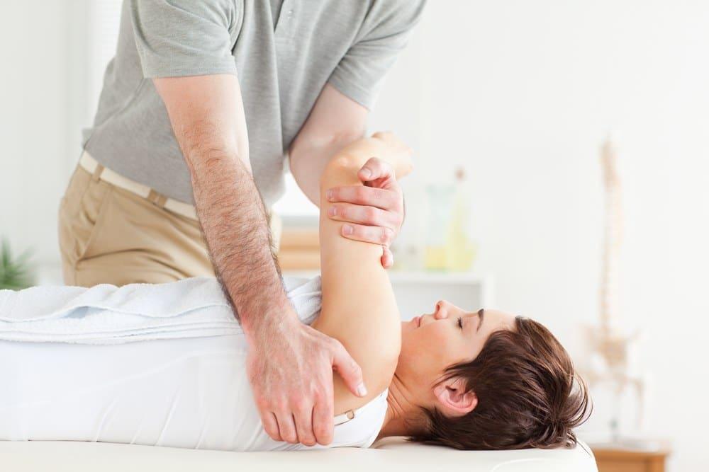 הסתיידות בכתף – סיבות ודרכי טיפול
